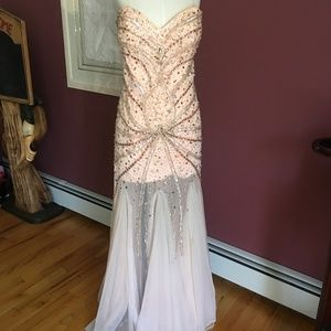 Jovani strapless beaded gown lt peach, tulle sz 8